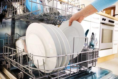 Посудомоечная машина не сушит